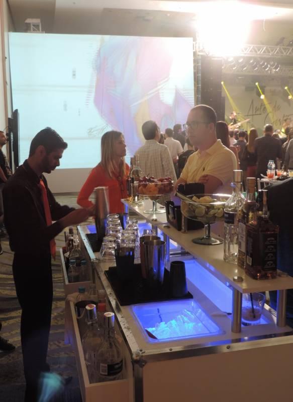 Bar de Caipirinha para Evento Corporativo em Sp Pirituba - Bar de Caipirinha para Casamento