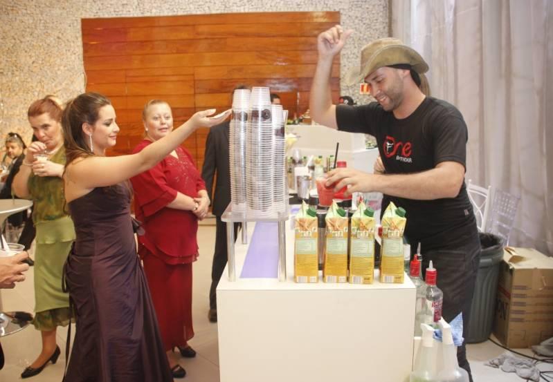 Preço de Bar de Caipirinha em Casamento Cupecê - Bar de Caipirinha para Casamento